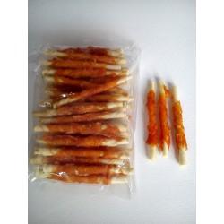 Pałeczki wołowe z kurczakiem - przysmak dla pieska. Jako przekąska bądź nagroda.