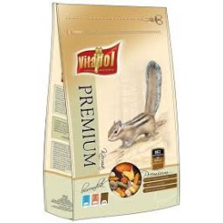 Wiewiórka - karma pełnoporcjowa VITAPOL 800g. Zawiera naturalne witaminy. Pakowany w atmosferze ochronnej.