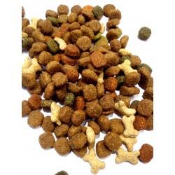 Friskies Purina - karma dla szczeniąt. Z małymi kosteczkami, chętnie jedzona przez pieski.