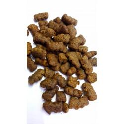 Josera SENSIPLUS - karma sucha dla wrażliwych psów z kaczką i ryżem, biotyna ma korzystny wpływ na skórę i sierść.