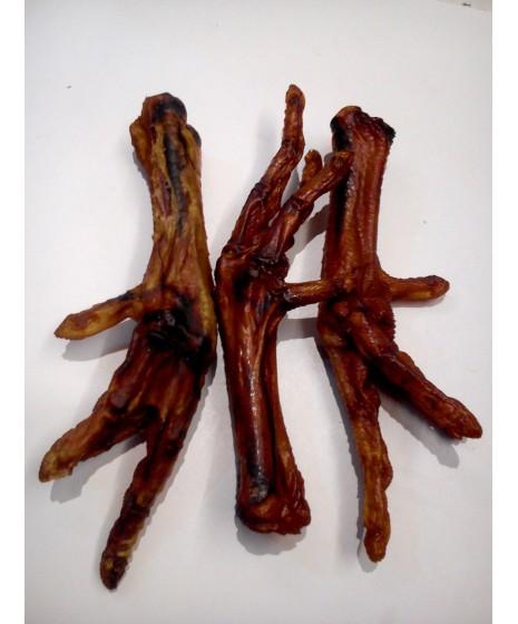 Łapki z kurcząt wędzone dla psa. Idealna przekąska. Zupełnie naturalny produkt, pachnący wędzonką.